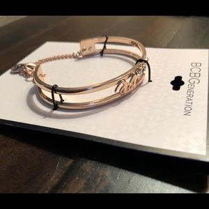BCBG Gold Love 💕 Bracelet